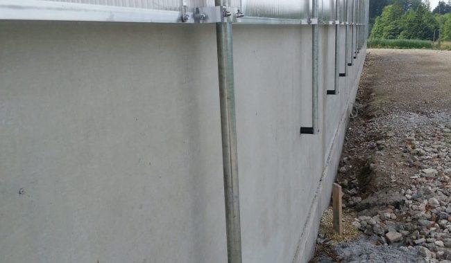 Abstand der Lichtplatte zur Wand nur 1-2cm